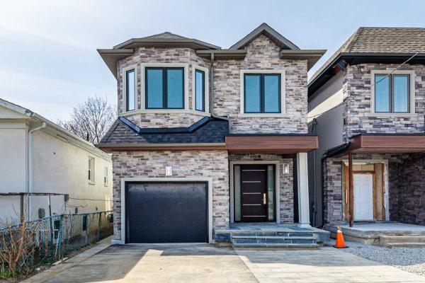 68A Laurel Ave, Toronto