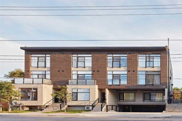 1331 Gerrard St S, Toronto