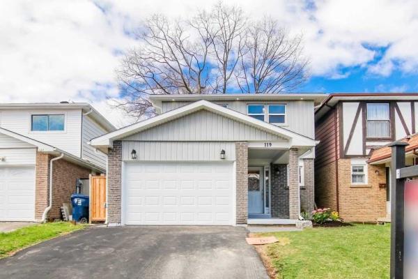119 Deanscroft Sq, Toronto