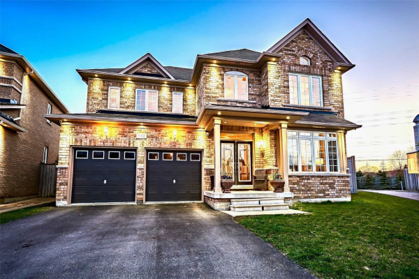 112 Sleepy Hollow Pl, Whitby