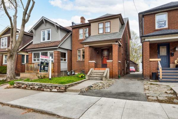 5 Phin Ave, Toronto