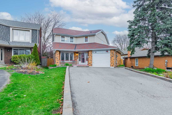 712 Edgewood Rd, Pickering