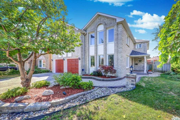622 Chartwell Crt, Pickering