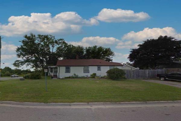 272 Taunton Rd W, Oshawa