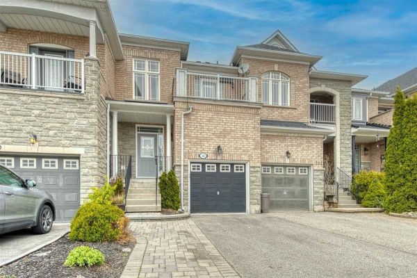 332 Strouds Lane, Pickering