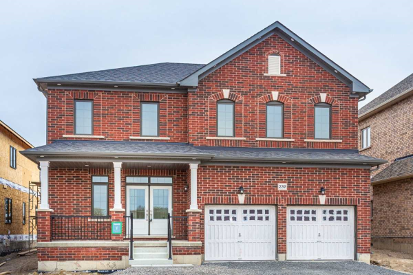 239 Northglen Blvd S, Clarington