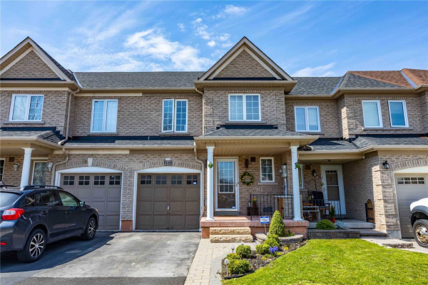 16 Tincomb Cres, Whitby