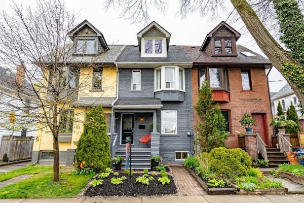 100 Dagmar Ave, Toronto