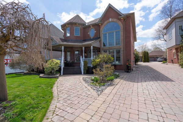 472 Poplar Ave, Ajax