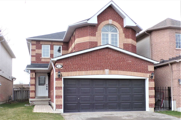 33 Steele Valley Crt, Whitby