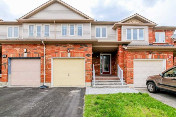 16 Presley Cres, Whitby