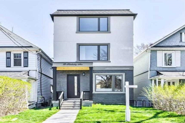 $1,999,000 • 33 Kimberley Ave , East End-Danforth