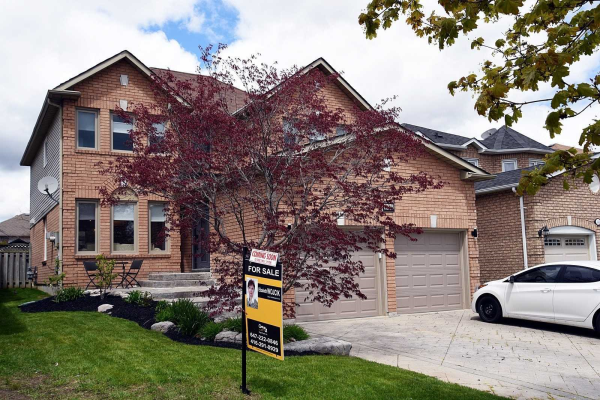 120 Apple Blossom Blvd, Clarington