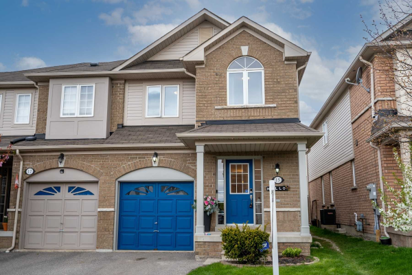 15 Beer Cres, Ajax