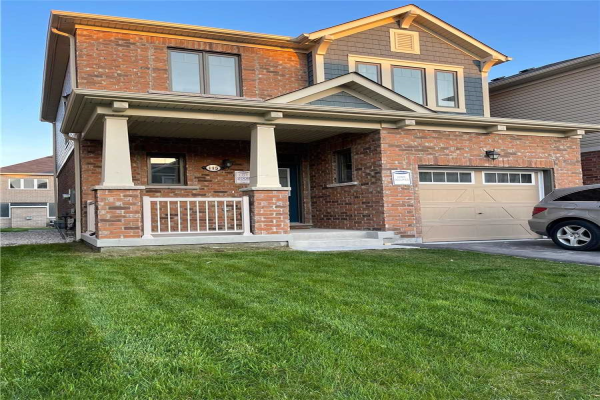 115 Westfield Dr, Whitby
