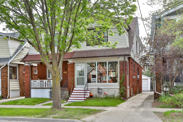 1016 Greenwood Ave, Toronto