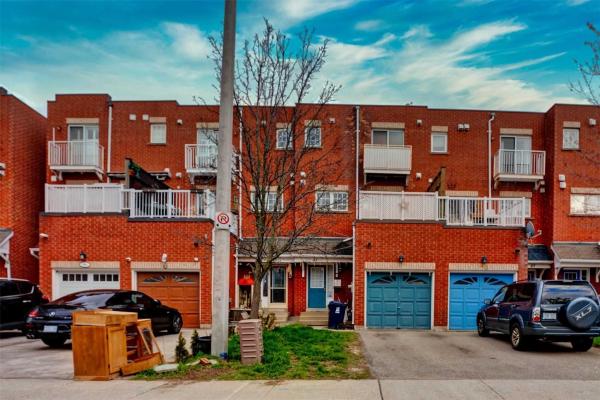 45 Blair St, Toronto