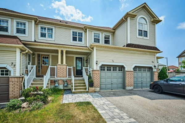75 Candlebrook Dr, Whitby