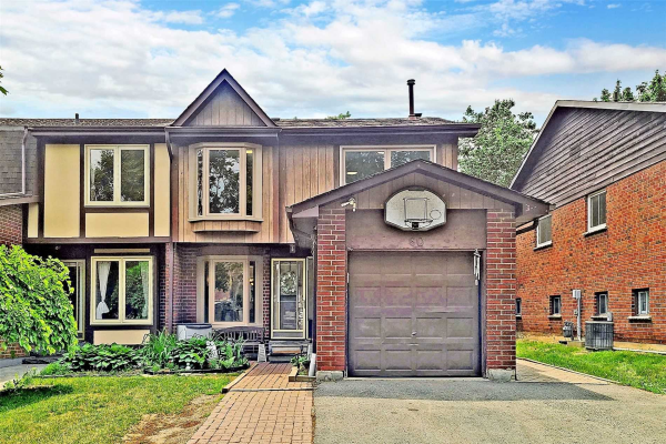 60 Muir Cres, Whitby