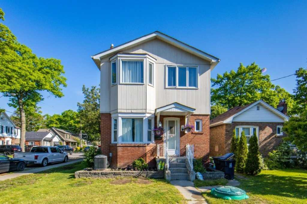 2 East Rd, Toronto