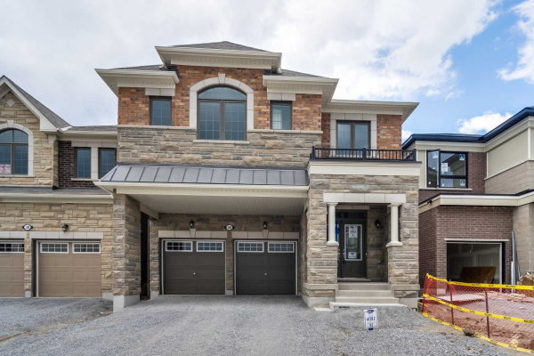 36 Broden Cres, Whitby