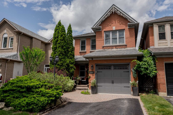 126 Thicket Cres, Pickering