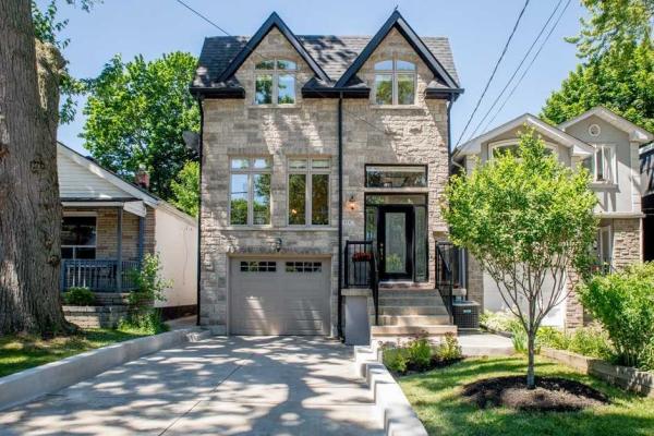 214 Chisholm Ave, Toronto