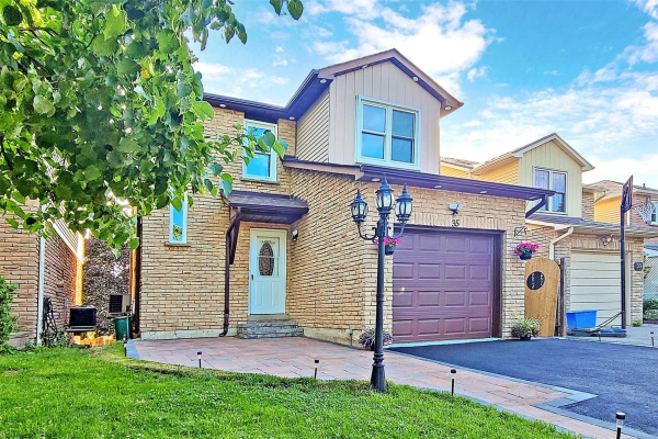 35 Kirby Cres, Whitby