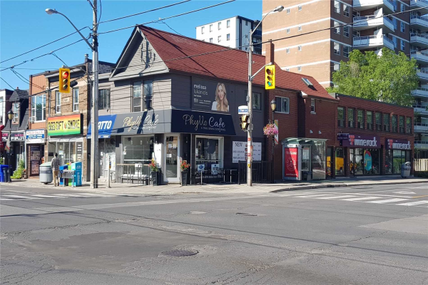 109 Cosburn Ave, Toronto