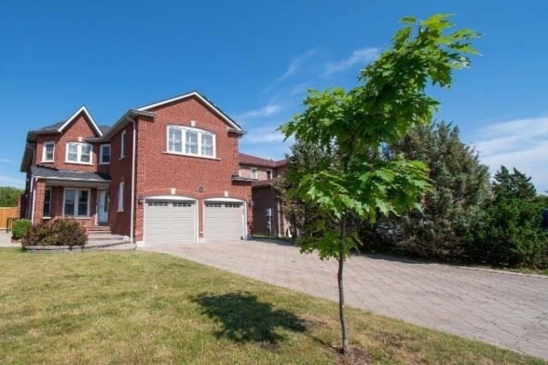 35 Hartrick Pl, Whitby