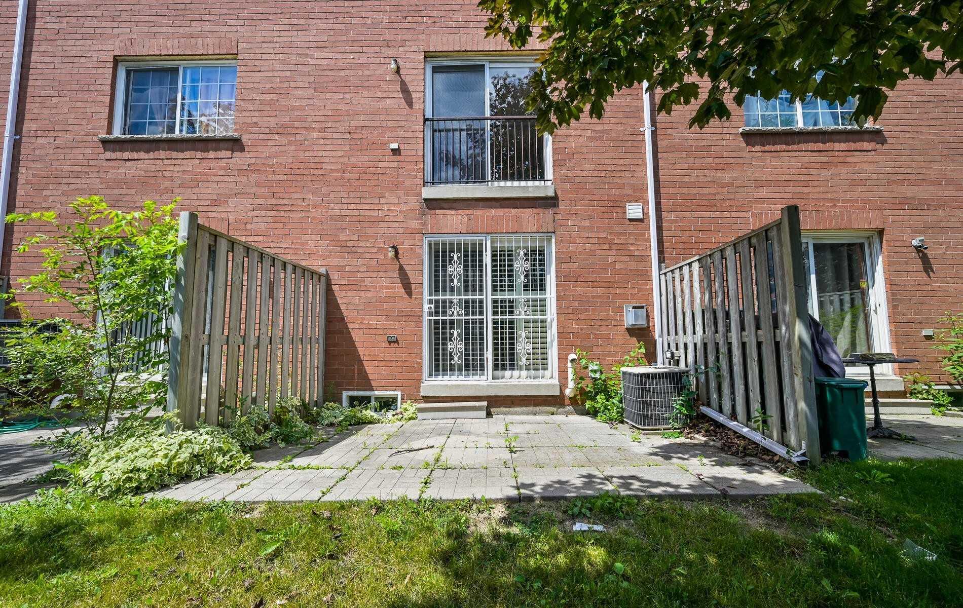 #12 - 2758 Eglinton Ave E, Toronto