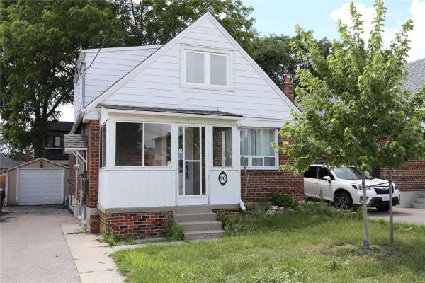 90 Binswood Ave, Toronto