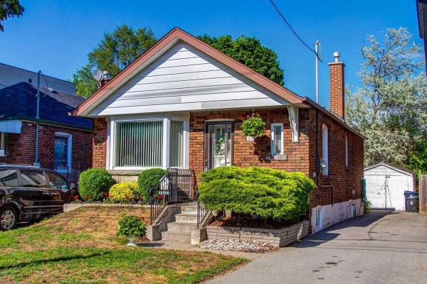 57 Derwyn Rd, Toronto