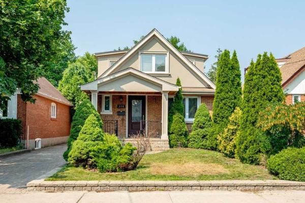 306 Glebemount Ave, Toronto