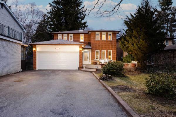 327A Beechgrove Dr, Toronto