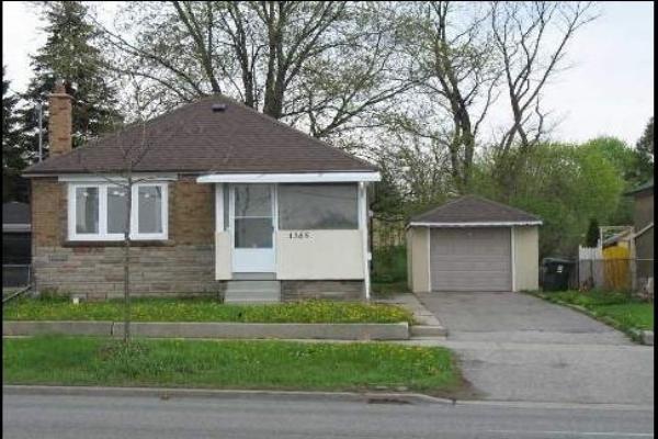 1385 Victoria Park Ave, Toronto