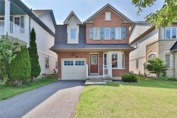 86 Haverhill Cres, Whitby
