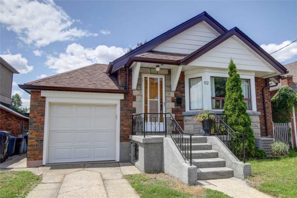 92 Roosevelt Rd, Toronto