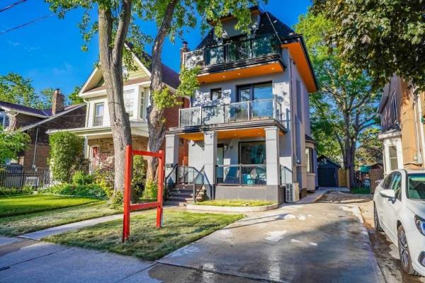 97 Woodfield Rd, Toronto