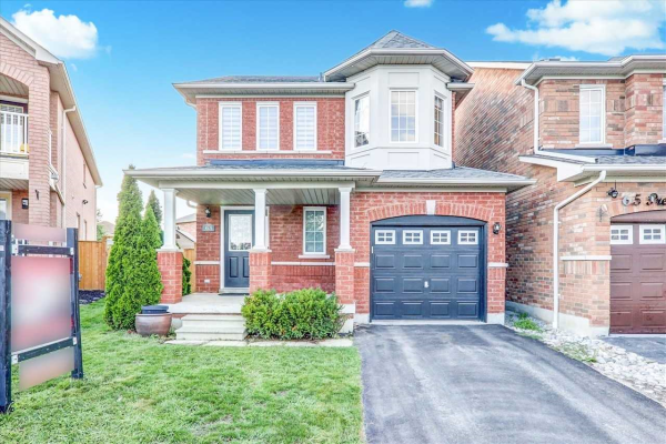63 Presley Cres, Whitby