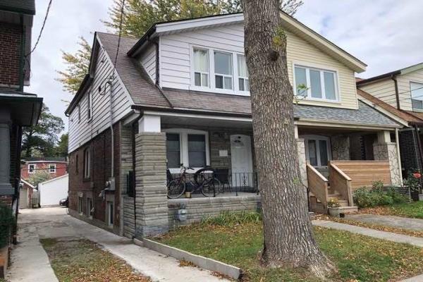666 Coxwell Ave, Toronto