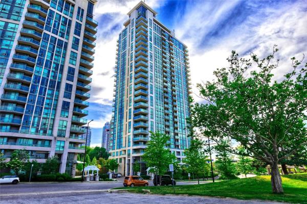 88 Grangeway Ave N, Toronto