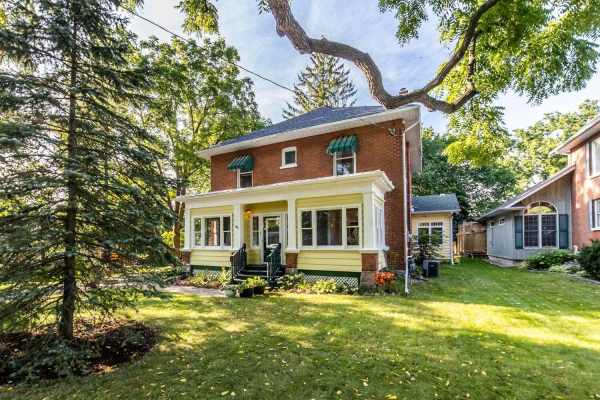 60 Cassels Rd E, Whitby