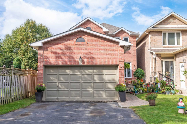 39 Bluebell Cres, Whitby