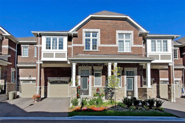 21 Windflower Way, Whitby