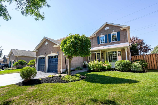22 Flint Cres, Whitby
