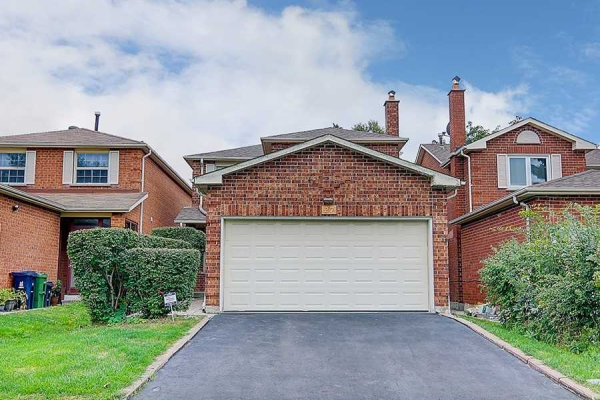 27 Fort Dearborn Dr, Toronto