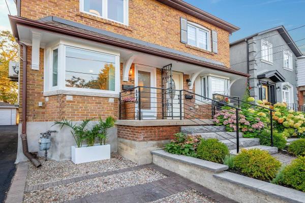 152 Blantyre Ave, Toronto