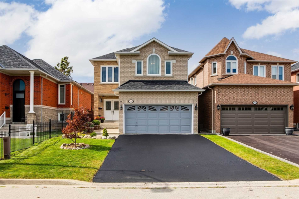 1780 Silver Maple Dr, Pickering