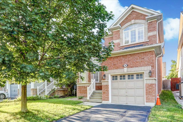 20 Kenilworth Cres, Whitby